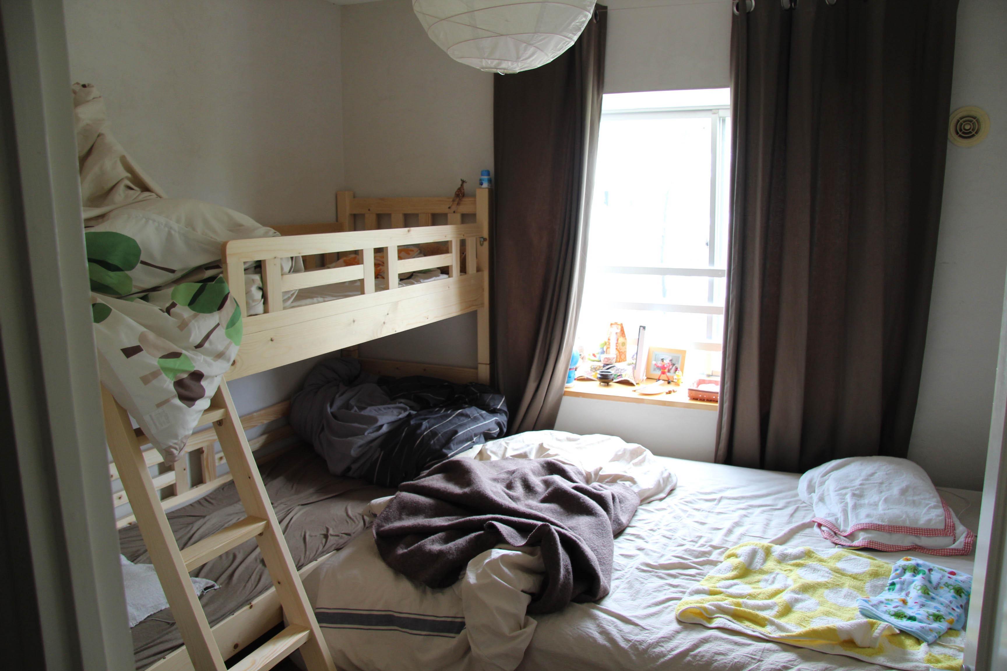 寝室には遮熱カーテンが良い? 前編   勝手にライトニング!